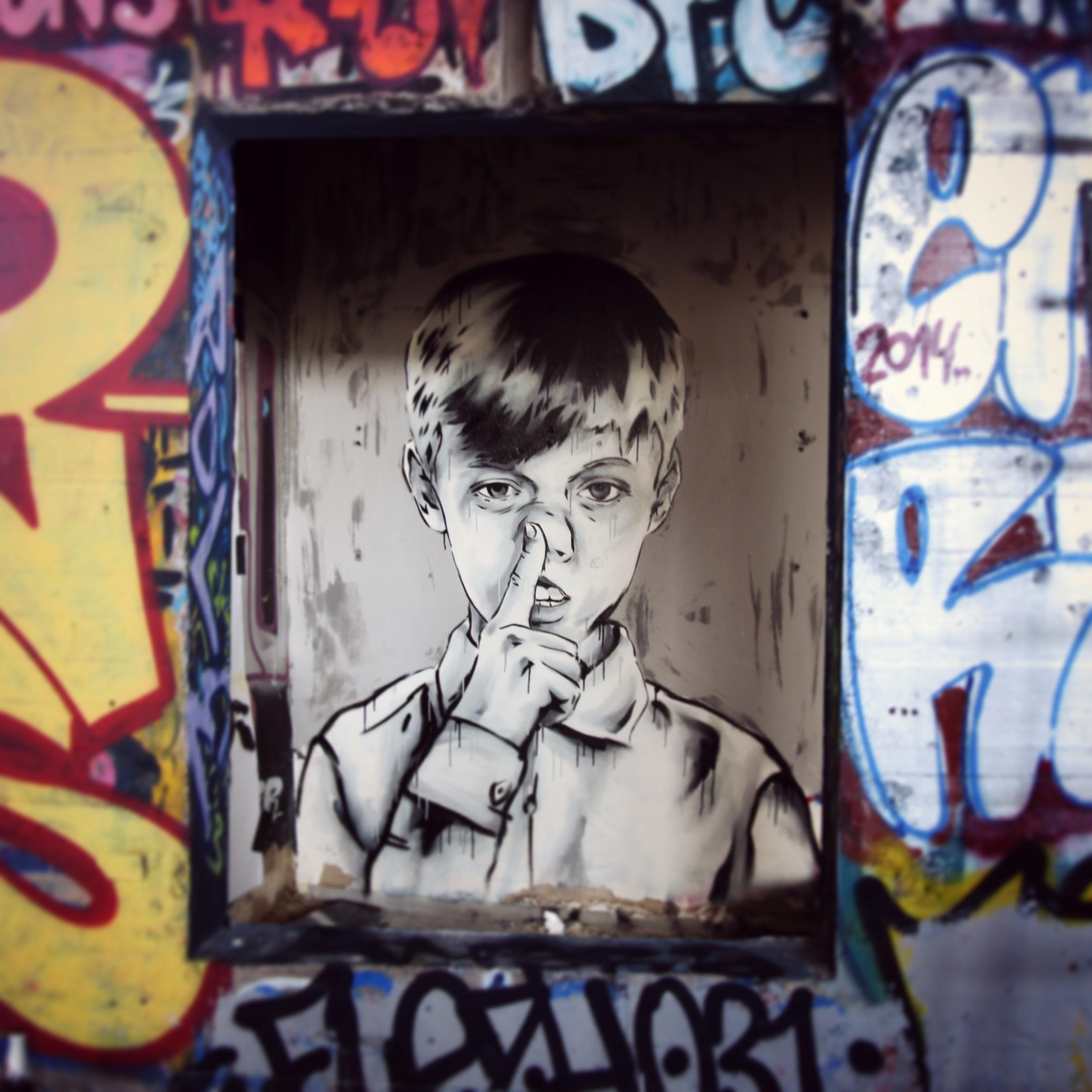 Title: 'Fingerz In Ze Nose' – Teufelsberg, Berlin, Germany – 2015